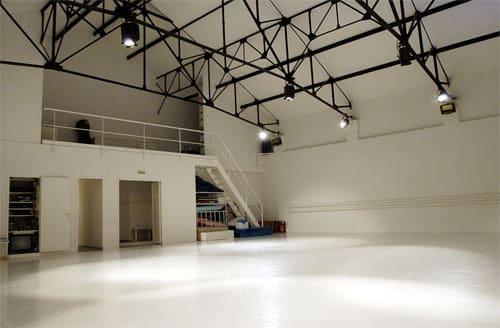 Un studio de 250 m² & un plateau de danse de 150m².